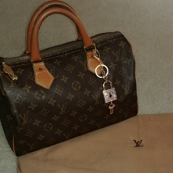 Louis Vuitton Handbags - Louis Vuitton Vintage French Co. speedy 30 4d8a722de9f23